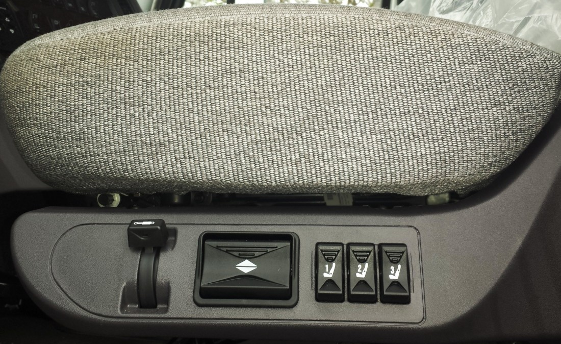 Cab Seating (2)