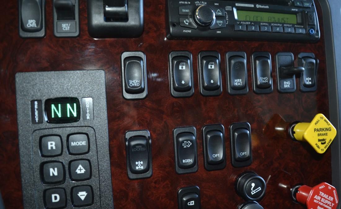 Cab Intrr Detl (7)