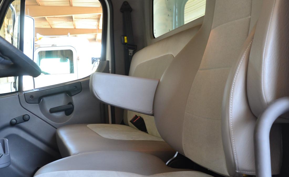 Drvr Seat (1)
