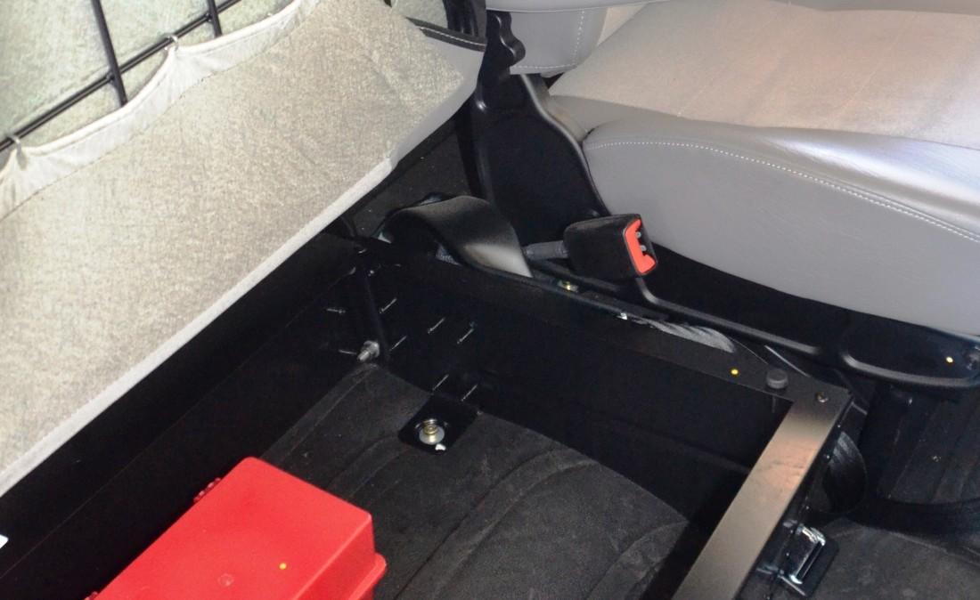 Passgr Seat (4)